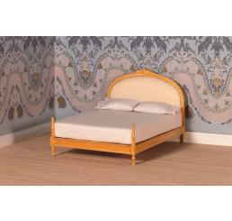 gouden 2 pers bed met creme satijnstof