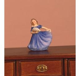 Beeldje dame in het blauw