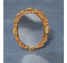 Antieke gouden spiegel