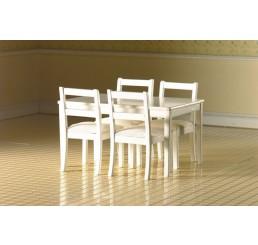 Witte tafel met 4 stoelen