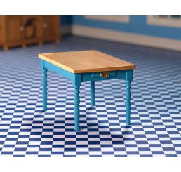 Blauwe keukentafel