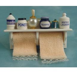 Badplankje met handdoeken
