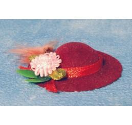Dameshoed met strik en bloem, rood